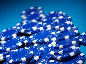 47362 three blue chips w660